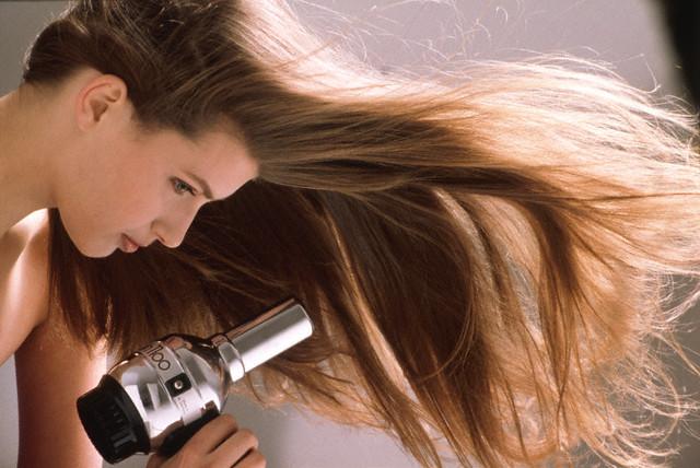Resultado de imagem para proteger o cabelo do forte frio e vento